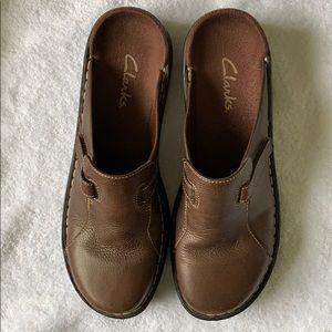 Brown Clark's Mules, Slides, Size 8